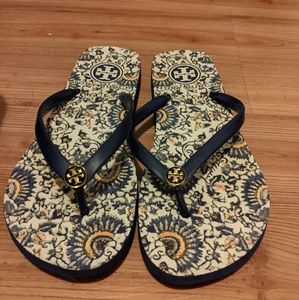 Tory Burch flip flops size 6